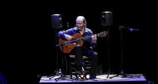 Concierto de despedida de los escenarios de Víctor Monge 'Serranito' en el Festival de la Guitarra de Córdoba. Foto: Festival de la Guitarra