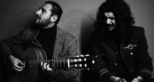 El guitarrista Diego del Morao y el cantaor Israel Fernández serán dos de los artistas participantes en la programación de 'Flamenco entre las Flores'. Foto: Rufo.